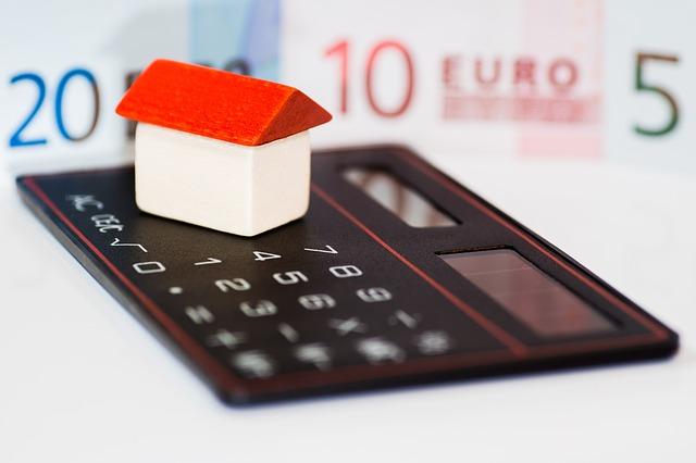 долг по ипотеке, продать за долги ипотечную квартиру, обращение взыскания ипотека,