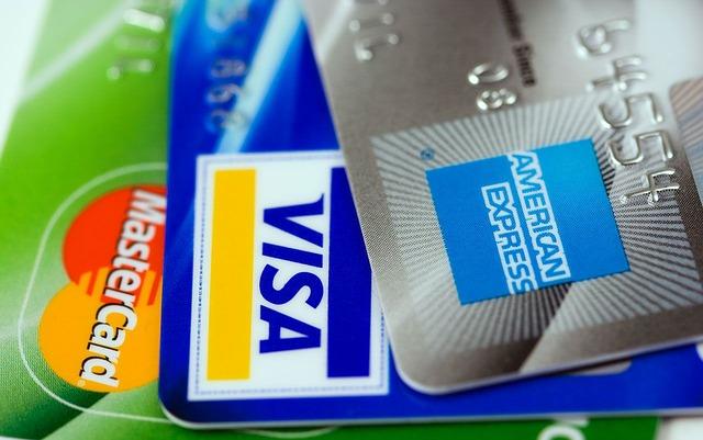 приставы арестовали счет в банке, списали долг с зарплатной карты, приставы взыскали деньги со счета,